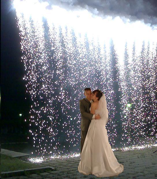 Фейерверк на свадьбу - огнепад