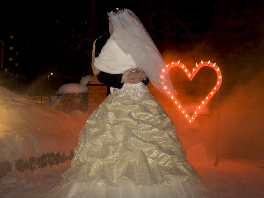 Фейерверк на свадьбу - сердце
