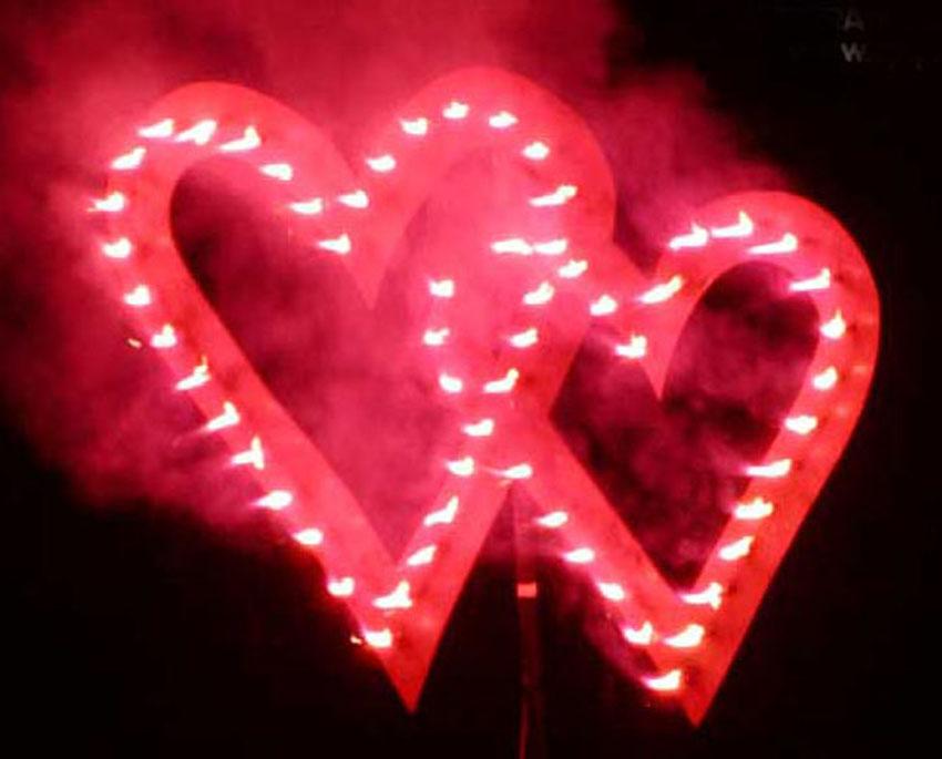 Фейерверк на свадьбу - сердца